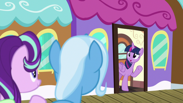 File:Twilight waves goodbye to Starlight and Trixie S7E2.png