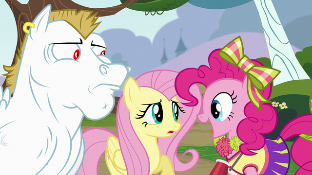 File:Pinkie Pie in front of Bulk Biceps and Fluttershy S4E10.png