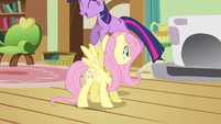Twilight hopping around S3E13