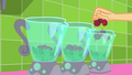 Applejack drops more beets in the blenders SS9.png