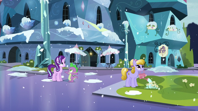 """File:Spike """"It's freezing!"""" S6E2.png"""