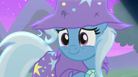 Trixie smiling warmly at Starlight S6E6