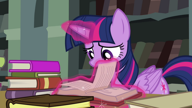 File:Twilight flipping through pages S4E25.png