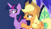 "Applejack ""just go with it, hon"" S7E11"