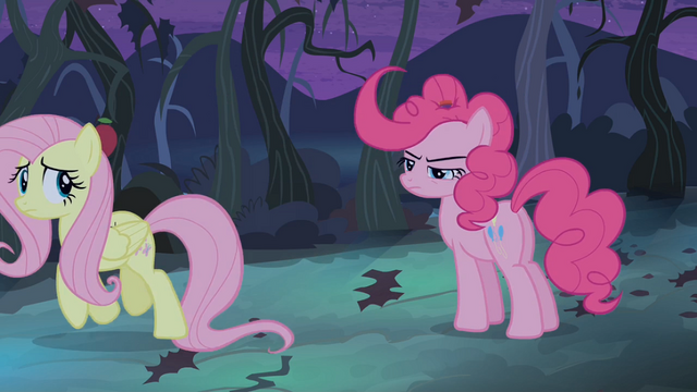 File:Fluttershy walks away S04E07.png