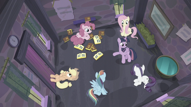 """File:Twilight """"I know how we can get out!"""" S5E02.png"""
