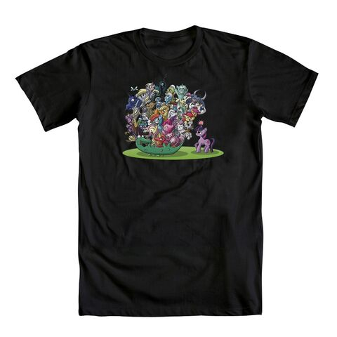 File:On a Roll T-shirt WeLoveFine.jpg