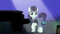 Coloratura smiling at the audience S5E24.png