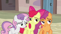 Cutie Mark Crusaders giving flirty eyes S7E8