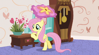 Fluttershy moving furniture into place S7E12