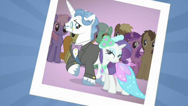 File:Photo of Rarity and Fancypants S02E26.png