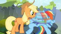 Rainbow Dash shakes her head S3E09