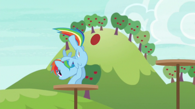 File:Rainbow jumping across obstacle platforms S6E18.png