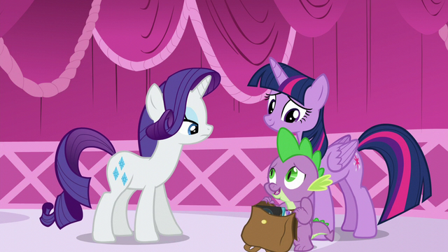 "File:Spike with the bag of books ""Both"" S5E22.png"
