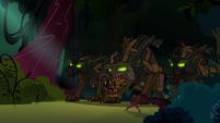 Timberwolf crouching S3E9