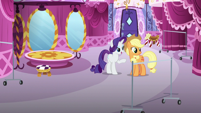 File:Rarity pointing at spot for Lily Lace's clothes S7E9.png