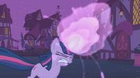 Twilight's magic gets stronger S1E06