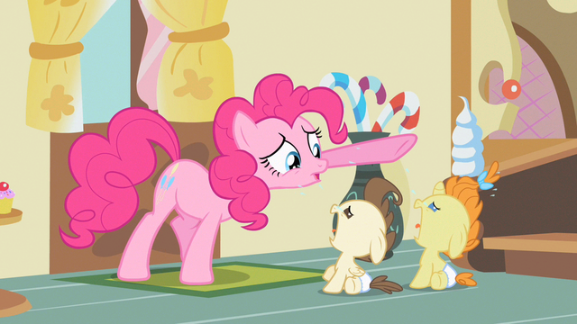 File:Pinkie Pie look, look! S2E13.png