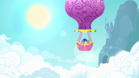Twilight Sparkle and Spike in balloon S4 Opening