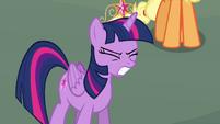 Twilight Sparkle growling S4E01