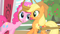 Pinkie Pie and Applejack S01E25