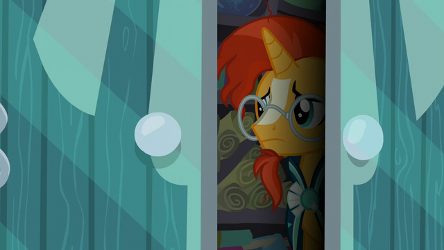 File:Sunburst stepping out of the dark S6E1.png