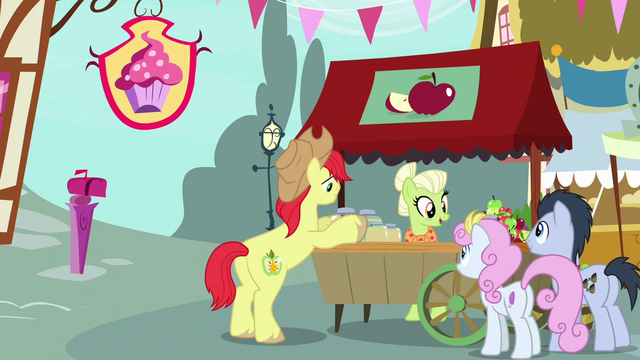 File:Bright Mac sticking labels on apple jam jars S7E13.png
