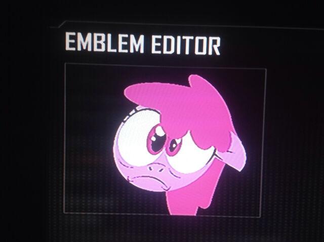 File:FANMADE Berryshine Black Ops 2 Emblem.jpg