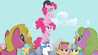 Pinkie Pie clones and Fancypants totem pole S3E3
