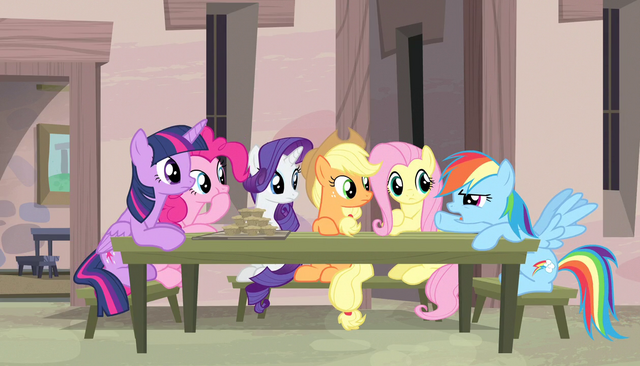 """File:Rainbow Dash """"that was weird too"""" S5E1.png"""