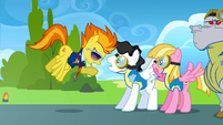 Spitfire yelling at a stallion S3E7