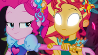 Sunset Shimmer views Pinkie's thoughts again EG4b