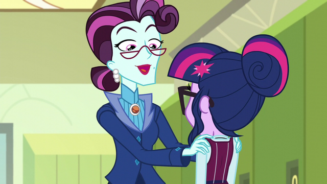 "File:Cinch ""Canterlot High's newfound success"" EG3.png"