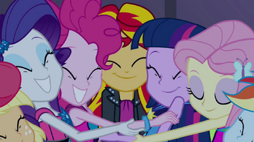 Group hug around Sunset Shimmer EG2