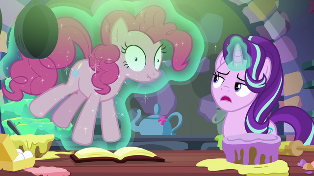 """File:Starlight Glimmer """"the baking lesson is done"""" S6E21.png"""
