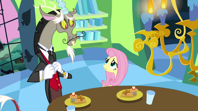 File:Fluttershy looks worried at Discord S03E10.png