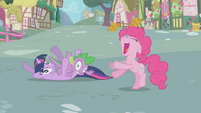 Pinkie Pie baats S1E03