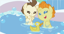 Playing with a rubber duck S2E13