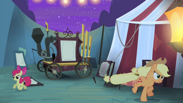 File:Applejack and Apple Bloom run S4E20.png