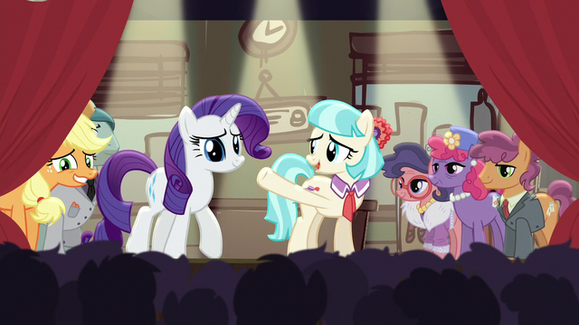 File:Coco welcomes Applejack and Rarity to the stage S5E16.png
