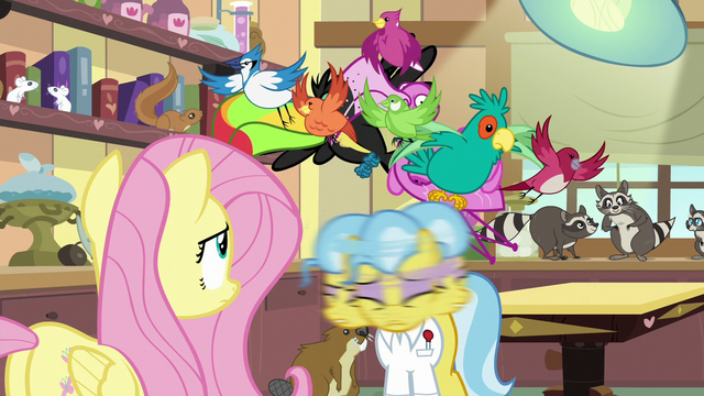 File:Dr. Fauna shakes birds out of her mane S7E5.png