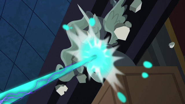 File:Nightmare Moon destroying a statue S4E02.png