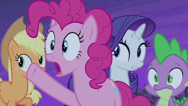 """File:Pinkie Pie """"follow that bat!"""" S4E07.png"""