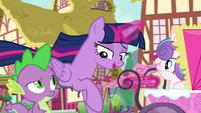 "Twilight ""Flurry can play with the Cake twins"" S7E3"