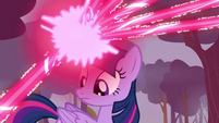 Twilight firing magic at Breezies S4E16