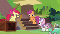 Cutie Mark Crusaders help build the sanctuary S7E5.png
