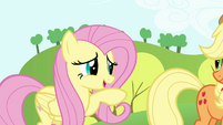 Fluttershy doing a little wave S4E18