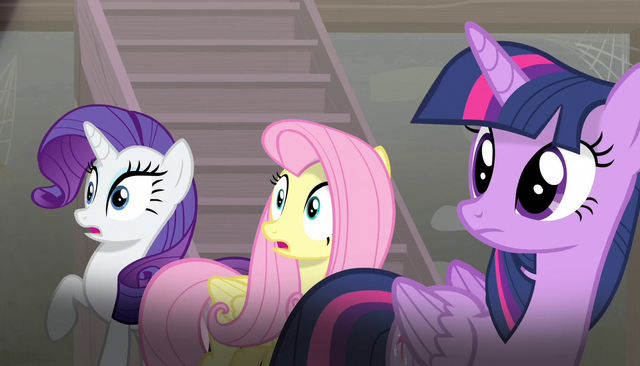 File:Twilight, Rarity, and Fluttershy looking off-screen S5E1.png
