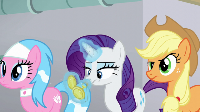 File:Rarity looks at her pocketwatch again S6E10.png