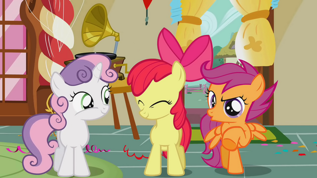 File:Scootaloo mocking Diamond Tiara and Silver Spoon S1E12.png